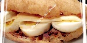 Sfenj beignet sandwich façon pain bagnat
