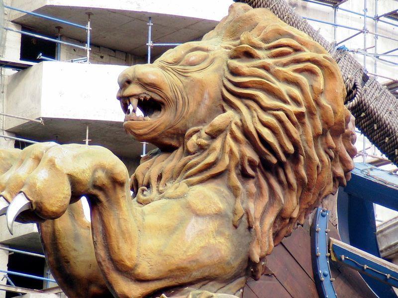 Statue du Lion du Port Louis