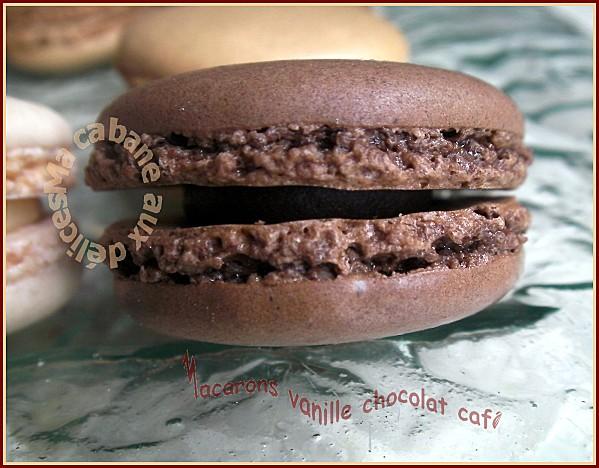 Macarons vanille chocolat café 026