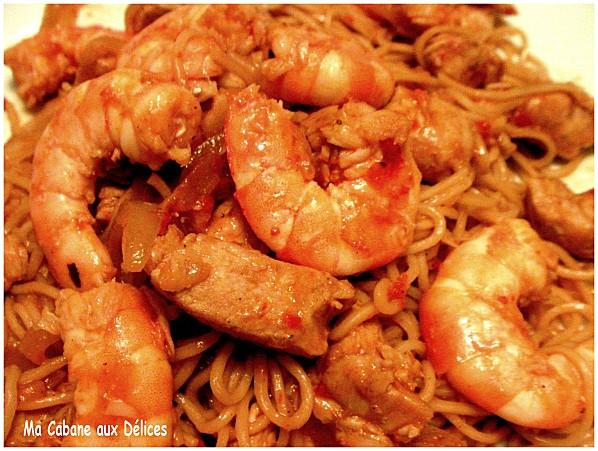 nouilles chinoises crevettes et poulet recettes faciles recettes rapides de djouza. Black Bedroom Furniture Sets. Home Design Ideas