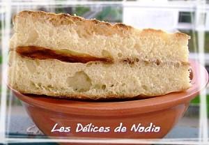 Matloua pain algerien a la machine à pain