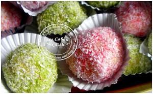 Boules coco colorées