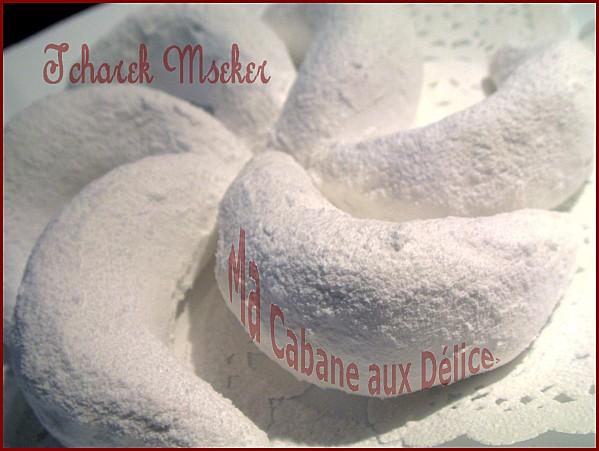 حلويات لكل أعضاء المنتدى Tcharek-mseker-003.j