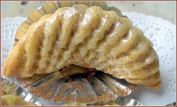 Cornes de gazelle amandes oranges photo 1