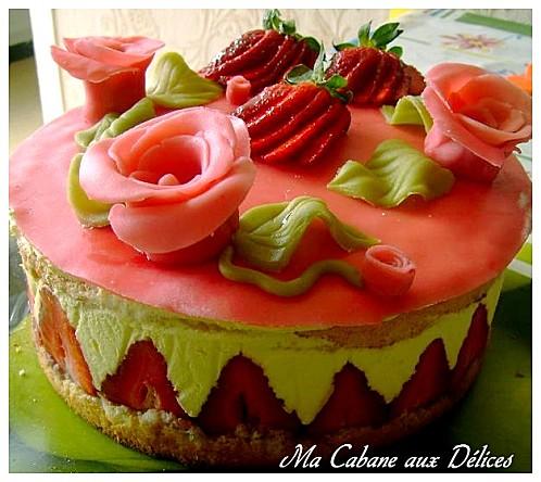 fraisier creme mousseline la cuisine de djouza. Black Bedroom Furniture Sets. Home Design Ideas