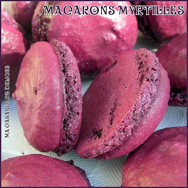 Macarons coques myrtilles à la confiture de lait