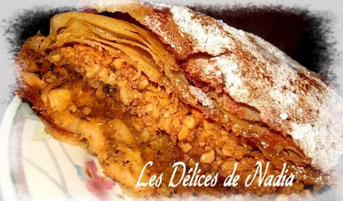 Pastilla marocaine, tourte au poulet et amandes