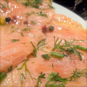 carpaccio de saumon aux 5 baies