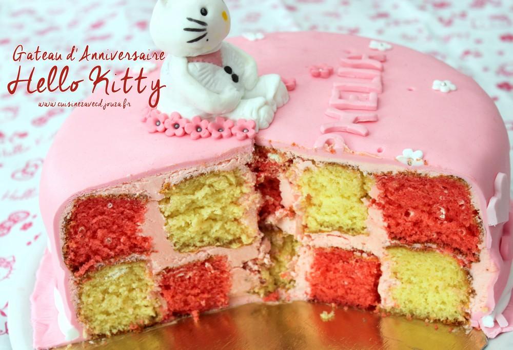 Gateau anniversaire Hello Kitty pate à sucre