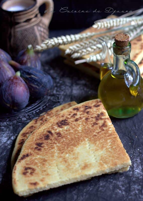 Recette de kesra kabyle aghroum