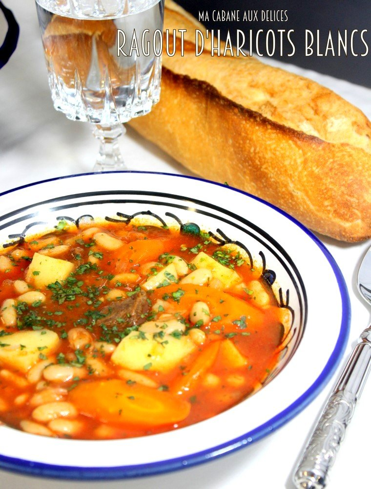Chaise Cuisine Noyer : Loubia Haricot blanc en sauce rouge  La cuisine de Djouza