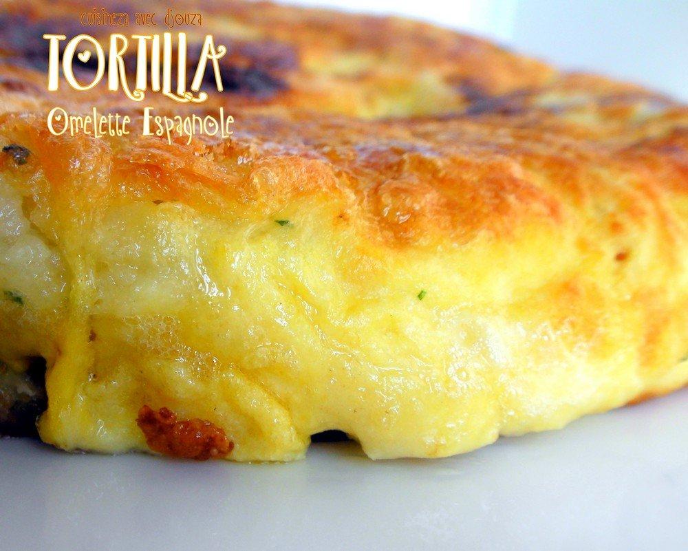 tortilla omelette espagnole au poivron recettes faciles recettes rapides de djouza. Black Bedroom Furniture Sets. Home Design Ideas