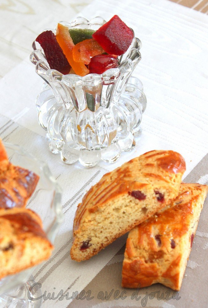 Croquants aux fruits confits et à l'orange confite