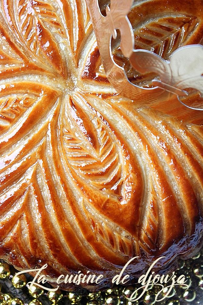 Recette de galette des rois frangipane orange recettes for Decoration galette des rois frangipane