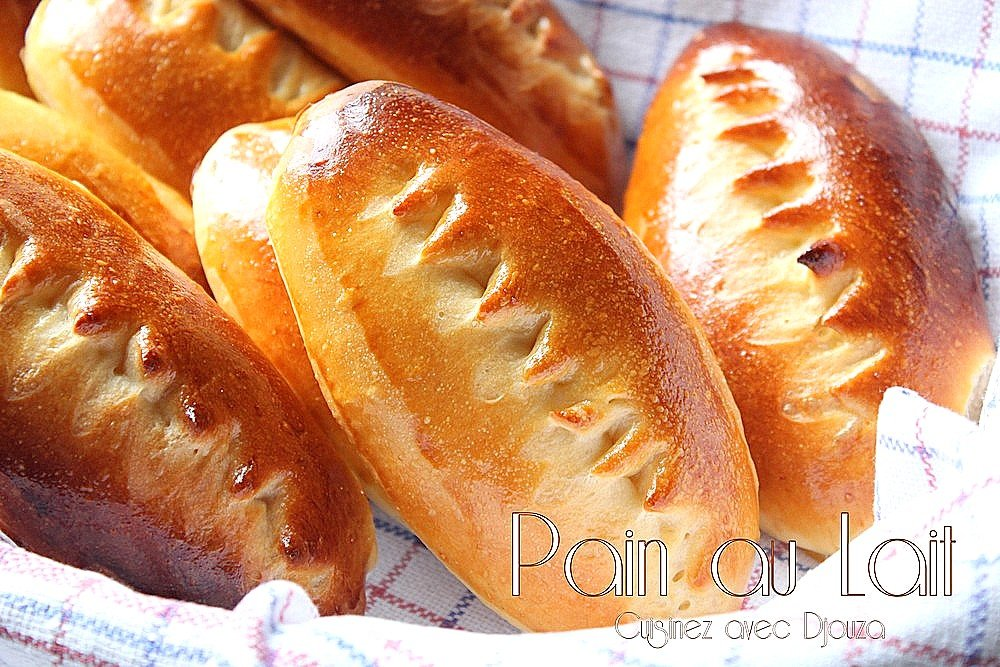 Petit pain au lait moelleux fait maison