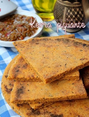 Galette ou kesra kabyle sauce piquante tomate menthe