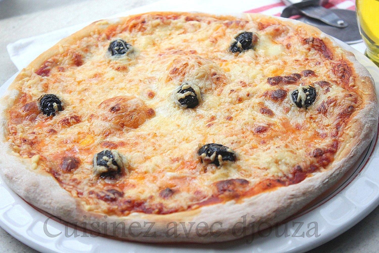 pizza margherita tomate mozzarella