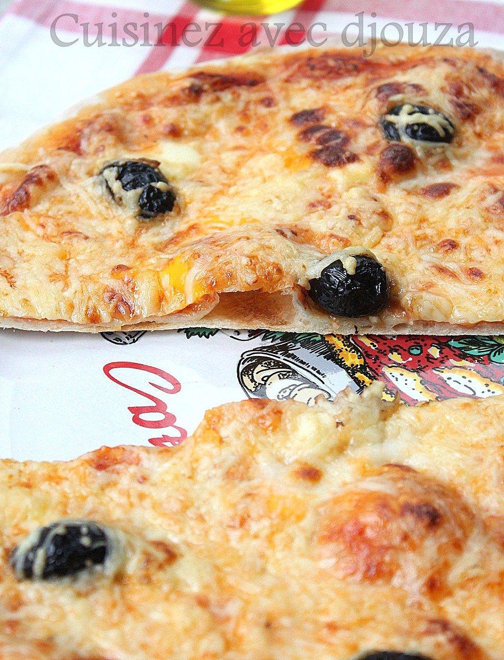 Pizza margarita tomate mozzarella