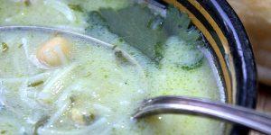 Chorba beida (soupe algéroise au poulet)