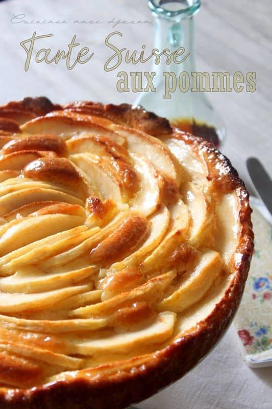 Gâteau suisse avec des pommes