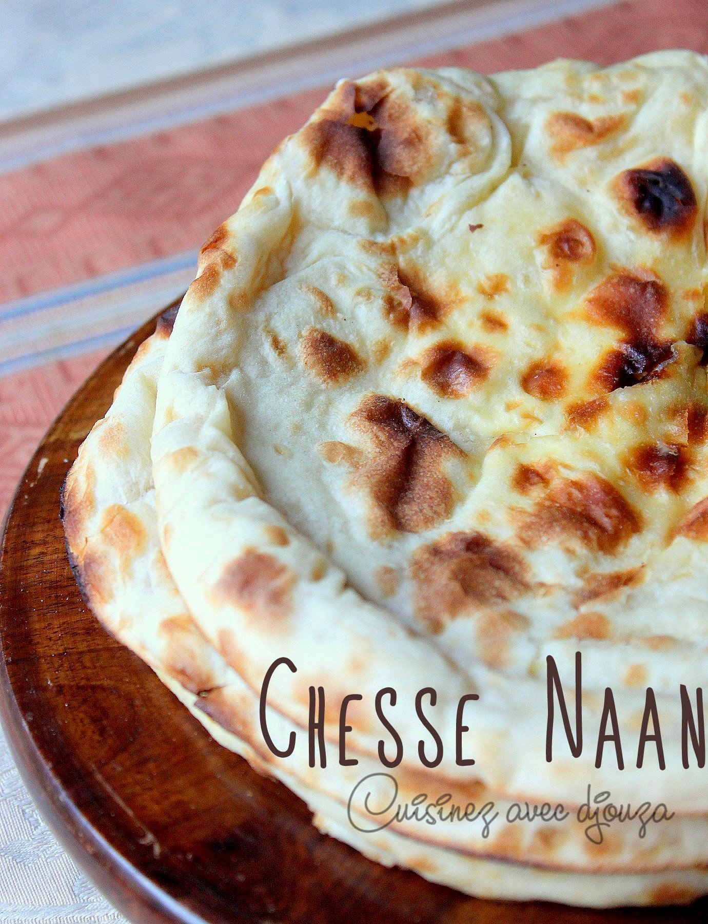 Naan au fromage cheese naan