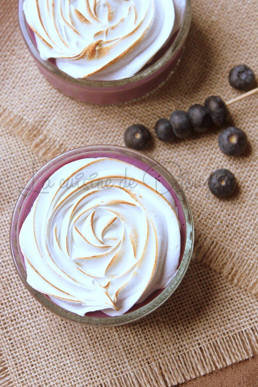 Crème dessert meringuée aux myrtilles