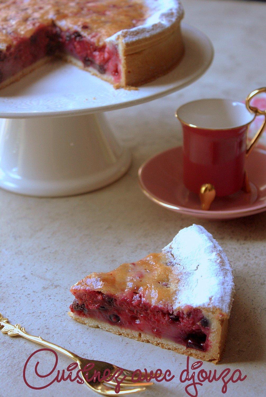 tarte aux fruits rouges surgel s facile recettes faciles recettes rapides de djouza. Black Bedroom Furniture Sets. Home Design Ideas