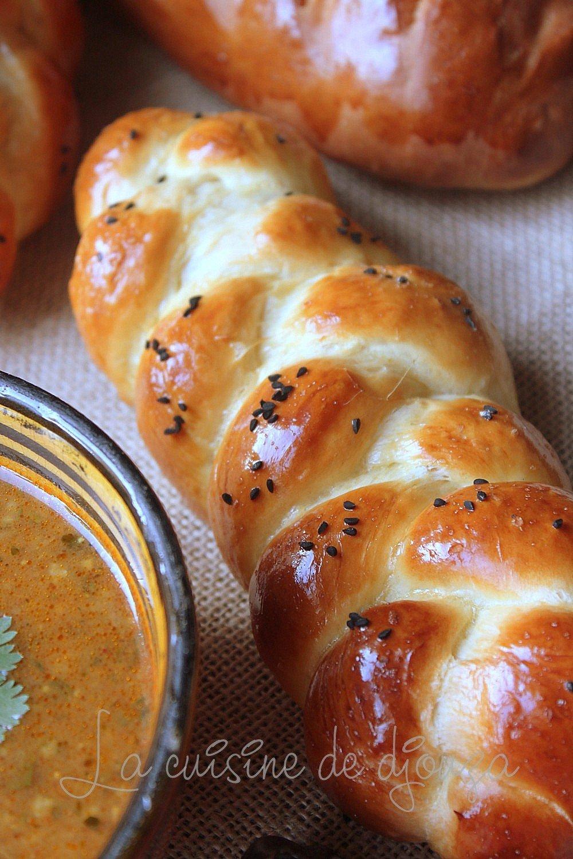 Recette pain brioch sal au lait caill recettes - Recette de pain au lait ...