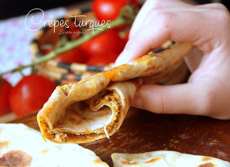 Crêpes turques ou galettes gozleme à la viande hachée