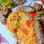Brochettes de viande hachée et boulghour turc