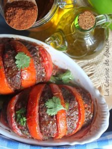 Tomates farcies viande de boeuf haché et épices tandoori