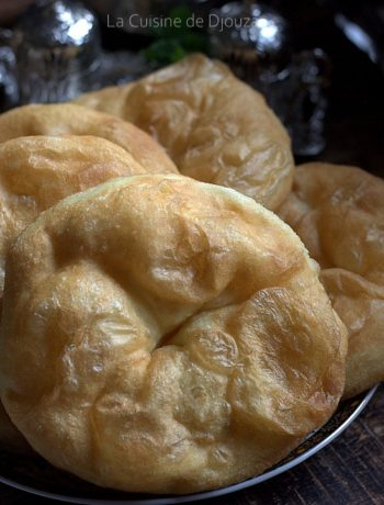 Sfenj kabyle au pétrin (beignet a la semoule)