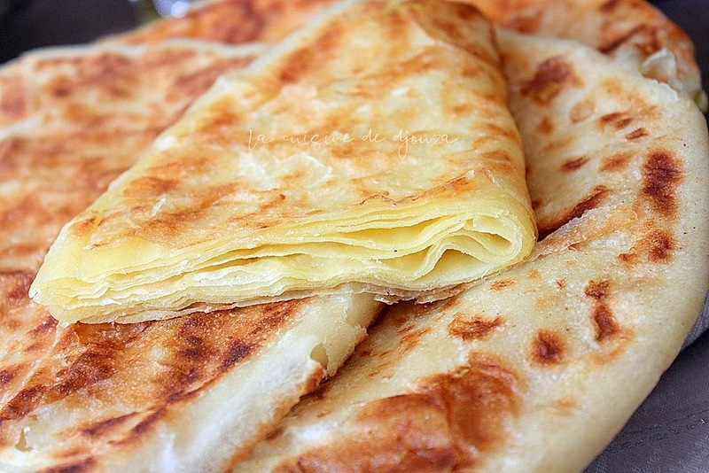 Pâtes à msemens facile pour galette multi feuilletée