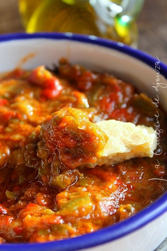 Hmiss kabyle, salade de poivron tomate