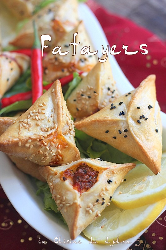 Fatayer ou samsa a la viande et poivrons