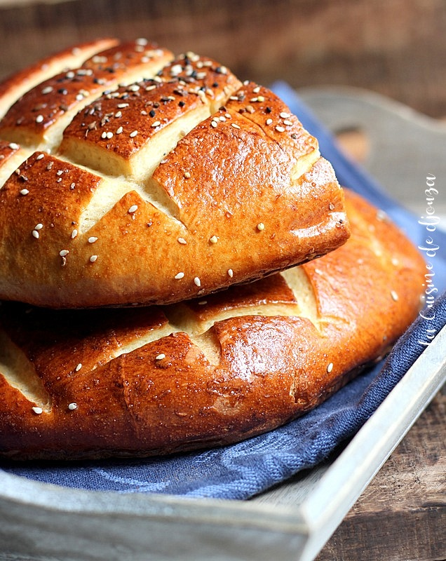 pain rond aux graines