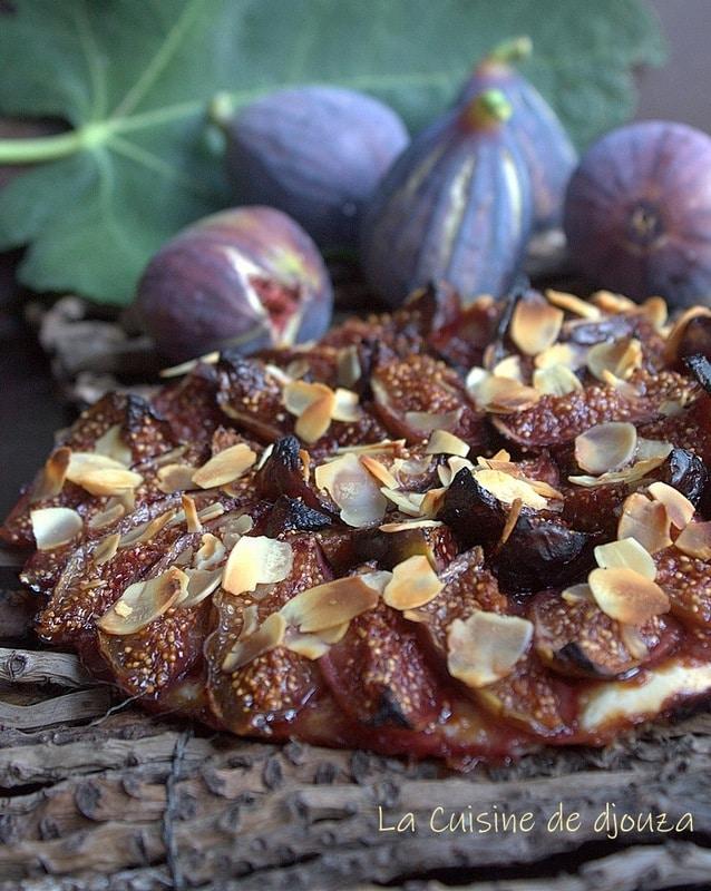 Tarte fine aux figues violettes du jardin