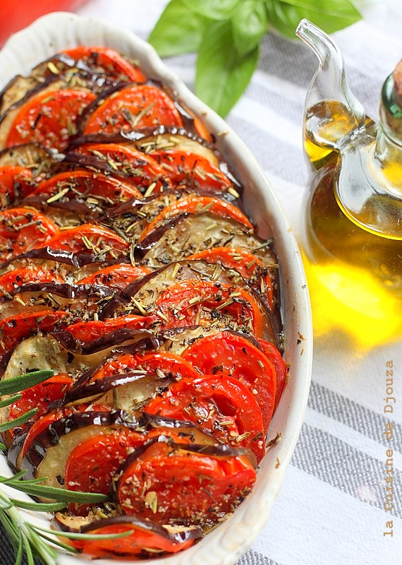 Tian aux légumes aubergine tomate et poivron
