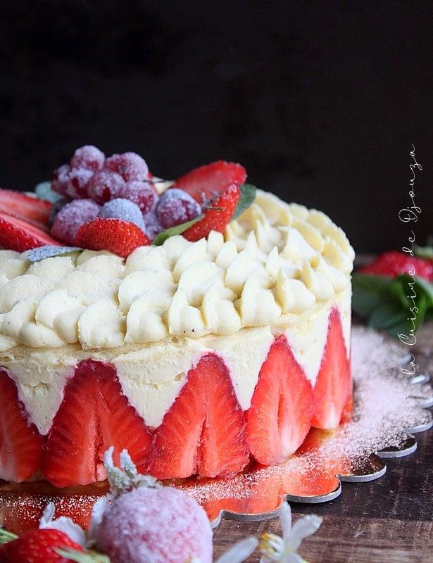 Gâteau aux fraises d'anniversaire