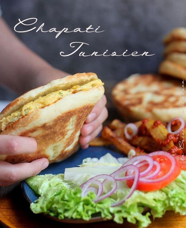 Sandwich tunisien à la mechouia