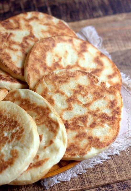 pain arabe pour sandwichs