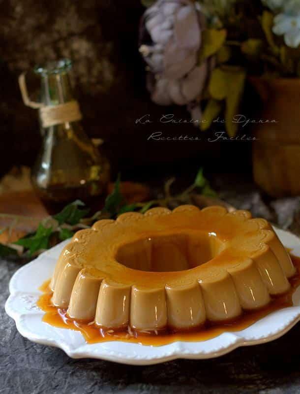 Dessert italien pannacotta au café