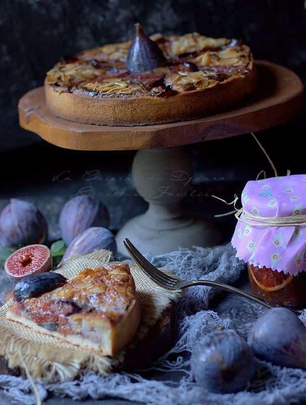 Tarte amandine aux figues violettes