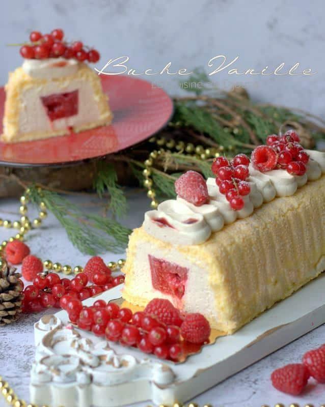 Bûche festive façon charlotte à la vanille