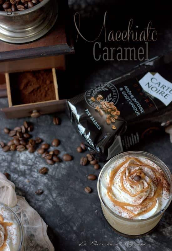 Boisson chaude et froide au café carte noire