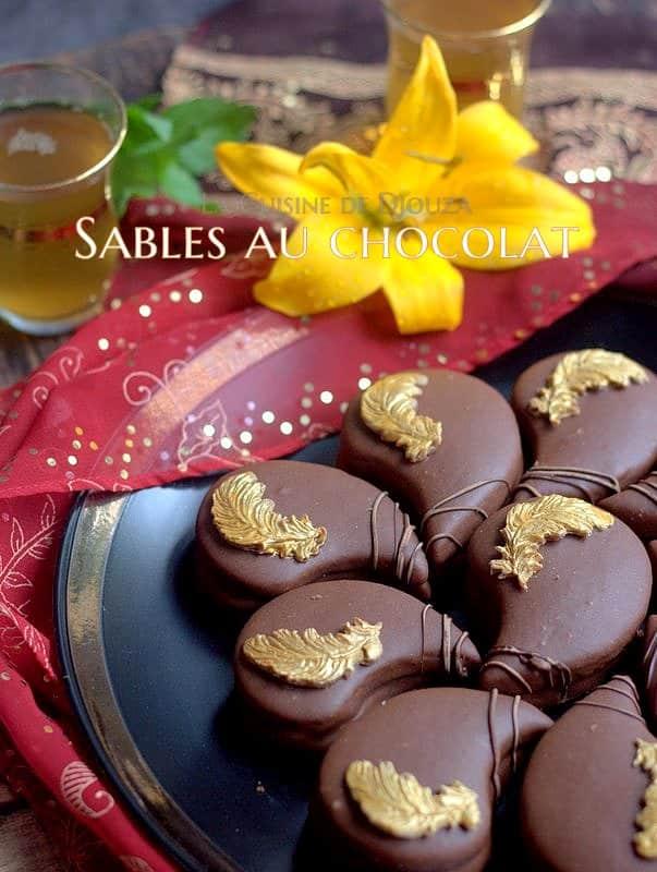 Recette de biscuits sablés fourrés et glacés